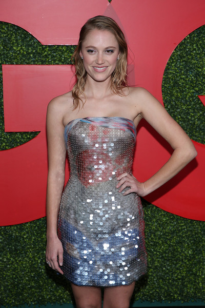 Maika Monroe Strapless Dress