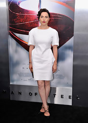 Antje Traue opted for a crisp and clean white structured dress of the 'Man of Steel' premiere in NYC.