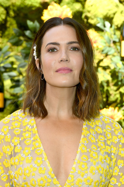 Mandy Moore Medium Wavy Cut [hair,face,yellow,beauty,hairstyle,lady,lip,skin,brown hair,fashion,arrivals,mandy moore,los angeles,pacific palisades,california,will rogers state historic park,veuve clicquot polo classic]