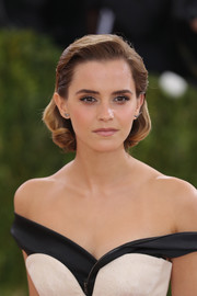 Emma Watson showed off a perfectly elegant bob at the 2016 Met Gala.