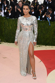 Kim Kardashian gave off warrior queen vibes in this armor-like Balmain gown during the Met Gala.