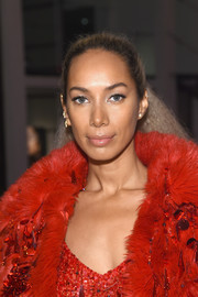 Leona Lewis pulled her tresses back into a ponytail for the Marc Jacobs Beauty event.