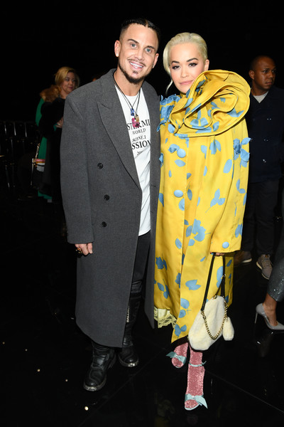 More Pics of Rita Ora Printed Coat (3 of 10) - Rita Ora Lookbook - StyleBistro