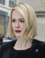 Sarah Paulson wore her hair short and straight with a deep side part during the Marchesa fashion show.
