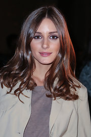 Olivia showed off her wavy, superbly shiny locks at the Spring 2013 Marchesa fashion show in NYC.