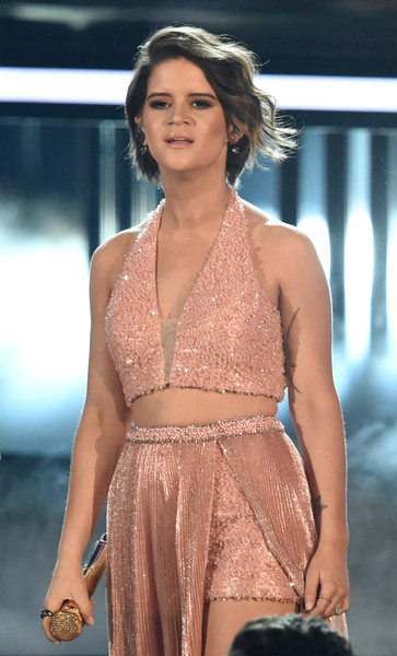 Maren Morris Crop Top [maren morris,fashion model,clothing,fashion,fashion show,beauty,dress,thigh,cocktail dress,shoulder,model,academy of country music awards,show,nevada,las vegas,t-mobile arena]