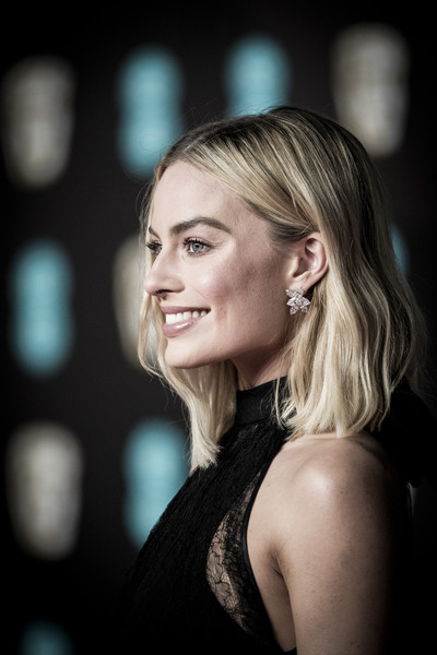 Margot Robbie Dangling Diamond Earrings [image,hair,face,blond,beauty,hairstyle,eyebrow,lady,lip,skin,chin,red carpet arrivals,margot robbie,ee,england,london,royal albert hall,british academy film awards]
