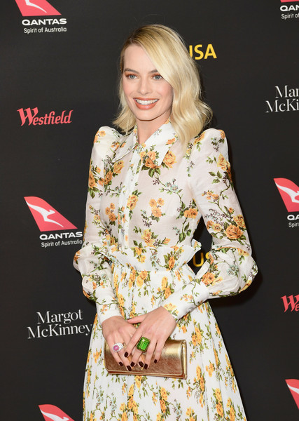 Margot Robbie Cocktail Ring [clothing,hairstyle,red carpet,premiere,fashion,carpet,blond,dress,flooring,long hair,arrivals,margot robbie,los angeles,usa,california,intercontinental los angeles downtown,black tie gala]