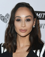 Cara Santana went heavy on the dark eyeshadow for a sultry beauty look.