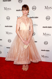 Michelle Monaghan teamed nude ruffle pumps with a matching fit-and-flare dress for the 2018 Marie Claire Image Maker Awards.
