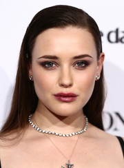 Katherine Langford teamed her smoky eye with a berry lip.