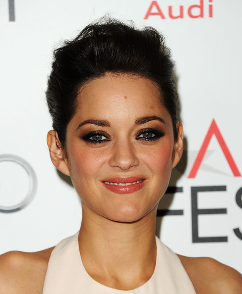 Marion Cotillard Smoky Eyes