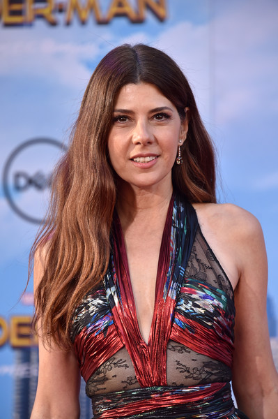 Marisa Tomei Long Wavy Cut [spider-man: homecoming - arrivals,spider-man: homecoming,hair,beauty,hairstyle,long hair,model,brown hair,premiere,abdomen,layered hair,smile,marisa tomei,california,hollywood,tcl chinese theatre,columbia pictures,premiere,premiere]