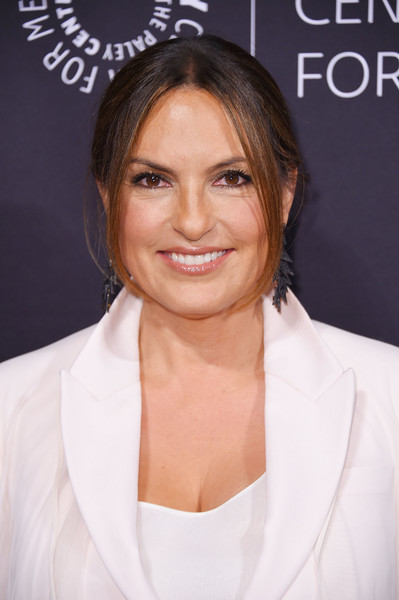 Mariska Hargitay Loose Bun [paley honors: celebrating women in television,hair,face,eyebrow,skin,hairstyle,chin,beauty,forehead,lip,blond,mariska hargitay,new york city,cipriani wall street,the paley honors: celebrating women in television,event]