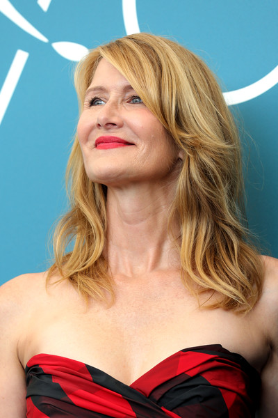 Laura Dern was stylishly coiffed with this wavy 'do at the Venice Film Festival photocall for 'Marriage Story.'