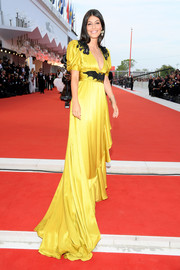 Alessandra Mastronardi attended the Venice Film Festival screening of 'Marriage Story' wearing a bright yellow gown by Gucci.