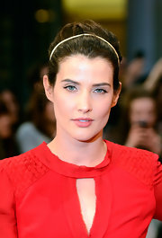 Cobie Smulders wore her hair in a sleek updo with a simple slim headband at the 'Avengers' premiere.