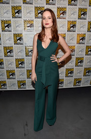 Brie Larson was sleek and sexy in her low-cut green Gabriela Hearst jumpsuit at the Marvel Studios panel during Comic-Con.