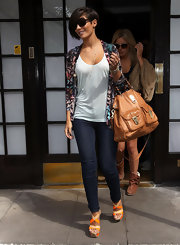 Frankie Sandford chose a colorful, bird-print blazer for her bright and casual daytime look.