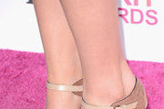 Mary Elizabeth Winstead Wedges