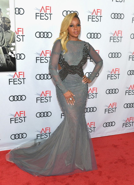 Mary J. Blige Mermaid Gown