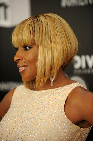 Mary J. Blige Inverted Bob