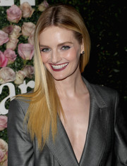 Lydia Hearst sported a sleek straight hairstyle with choppy ends at the 2017 Face of the Future event.