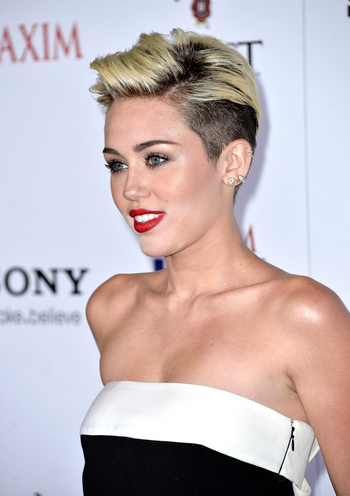 miley cyrus short hair styles more pics of miley cyrus cut 12 of 31 5977 | Maxim Hot 100 Party Arrivals U N5ii9ynmix