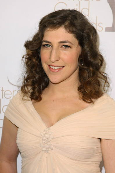 Mayim Bialik Medium Curls