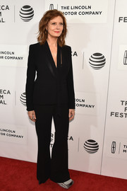Susan Sarandon opted for a black pantsuit with satin lapels for her 'Meddler' premiere look.