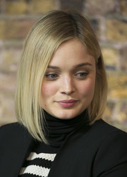 Bella Heathcote sported a sleek and chic asymmetrical bob at the 'Pride and Prejudice and Zombies' discussion.