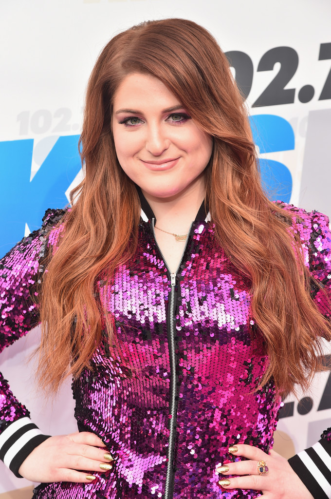 learn how to style hair meghan trainor wavy cut wavy cut lookbook 4856