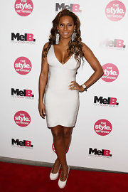 Melanie Brown didn't look scary at all in the bright white pumps she paired with her white banded dress. Who says you can't wear white after Labor Day?