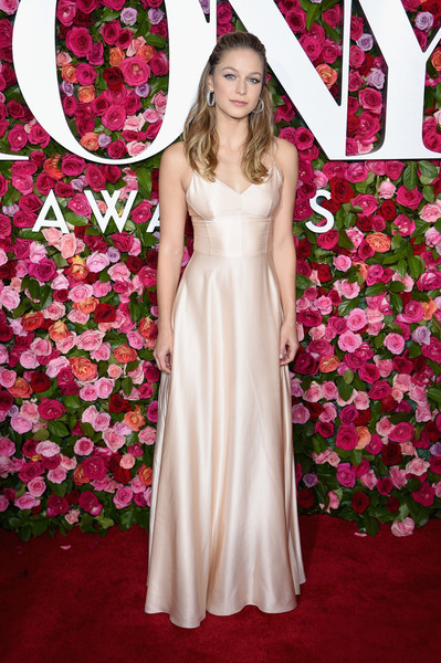 Melissa Benoist Evening Dress [red carpet,gown,flower,pink,dress,woman,flooring,carpet,lady,beauty,bridal clothing,melissa benoist,tony awards,radio city music hall,new york city,annual tony awards]