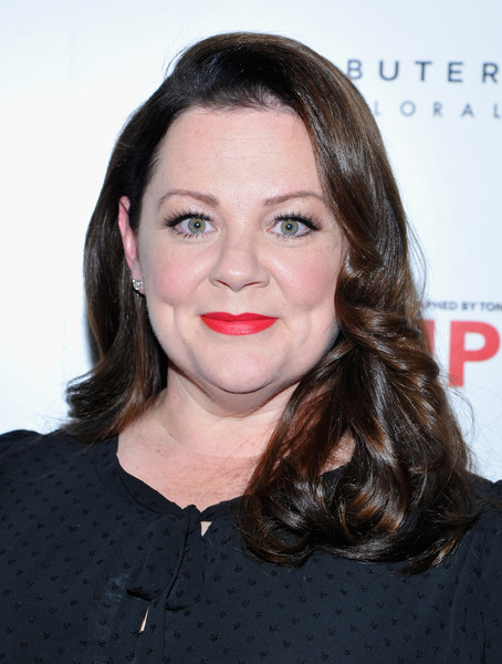 Melissa McCarthy looked sweet with her shoulder-length curls during Brian Atwood's celebration of PUMPED.
