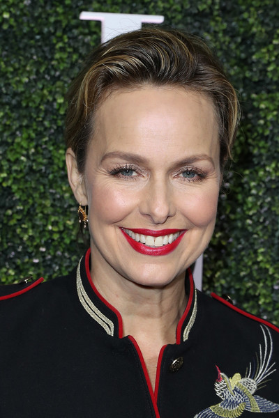 Melora Hardin Short Side Part [red carpet,hair,face,eyebrow,hairstyle,lip,chin,beauty,forehead,smile,blond,melora hardin,california,los angeles,chateau marmont,elle,annual women in television celebration]