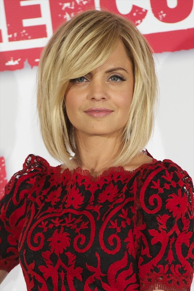 Mena Suvari Medium Straight Cut with Bangs