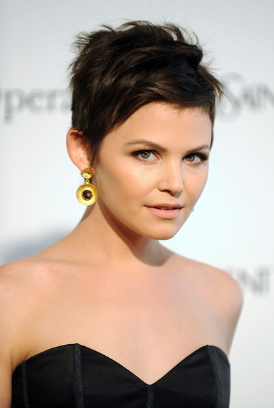 ginnifer goodwin short hairstyles. Actress Ginnifer Goodwin