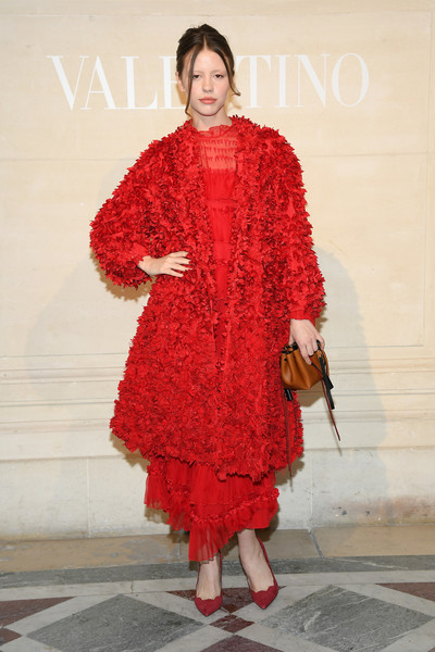 Mia Goth Evening Coat [haute couture spring summer,clothing,fashion,red,fashion design,fashion show,fashion model,outerwear,haute couture,footwear,dress,valentino,mia goth,front row,part,valentino haute couture spring summer 2019,paris,france,paris fashion week,show]