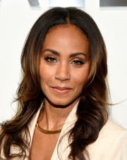 Jada Pinkett Smith looked pretty with her face-framing waves at the Michael Kors fashion show.