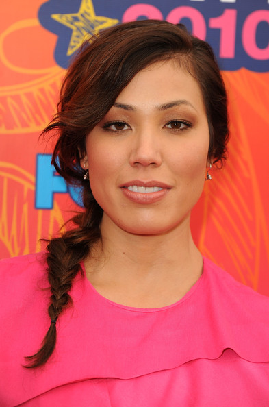 Michaela Conlin Long Braided Hairstyle