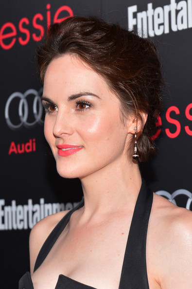 Michelle Dockery Dangling Spheres [entertainment weekly pre-sag party,audi,red carpet,hair,face,hairstyle,eyebrow,chin,lip,shoulder,beauty,skin,nose,california,los angeles,chateau marmont,essie,michelle dockery]