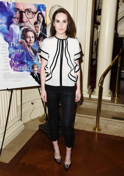 Michelle Dockery Evening Pumps [clothing,fashion,shoulder,street fashion,jeans,outerwear,footwear,fashion design,jacket,blazer,michelle dockery,the sense of an ending,q,new york city,the lotus club]