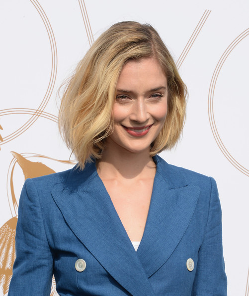 More Pics of Caitlin Fitzgerald Pantsuit (1 of 5) - Caitlin Fitzgerald Lookbook - StyleBistro [hair,hairstyle,blond,outerwear,electric blue,suit,blazer,long hair,white-collar worker,smile,caitlin fitzgerald,michelle dockery,lovegold,gold,la,chateau marmont,california,glamour,celebration]
