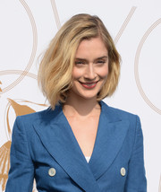 Caitlin Fitzgerald opted for a casual textured bob when she attended the LoveGold luncheon.