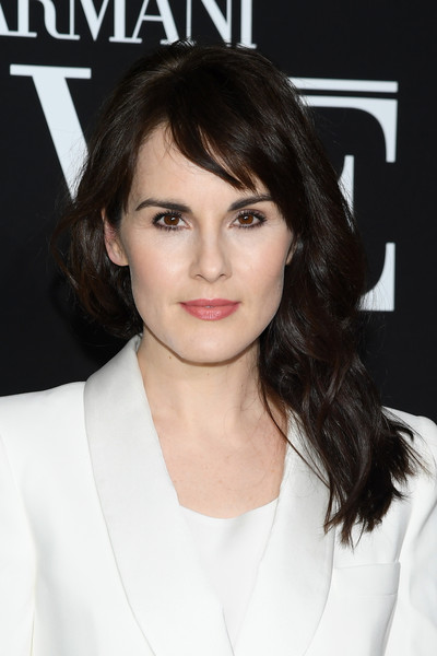 Michelle Dockery Long Wavy Cut with Bangs [haute couture spring summer,prive haute couture spring summer 2019,hair,face,hairstyle,eyebrow,lip,chin,brown hair,beauty,skin,layered hair,giorgio armani,michelle dockery,prive,front row,part,paris,paris fashion week,show]