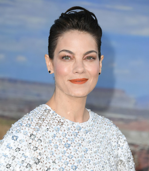 Michelle Monaghan Bright Lipstick [el camino: a breaking bad movie,hair,face,eyebrow,lip,skin,hairstyle,beauty,chin,lady,fashion,arrivals,michelle monaghan,regency village theatre,california,westwood,netflix,premiere,premiere]