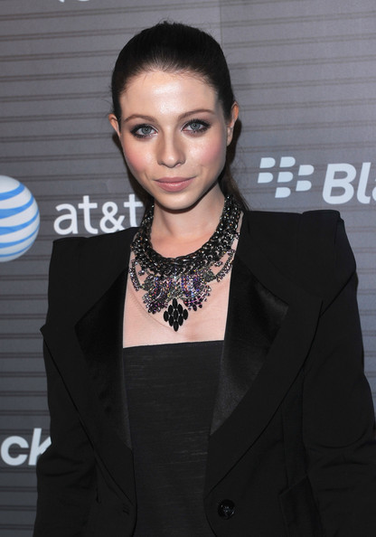 Michelle Trachtenberg Silver Statement Necklace