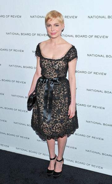 Michelle Williams Cocktail Dress [michelle williams,arrivals,fashion model,little black dress,dress,catwalk,cocktail dress,flooring,shoulder,fashion,joint,fashion show,new york city,cipriani 42nd street,national board of review of motion pictures,national board of review of motion pictures gala]
