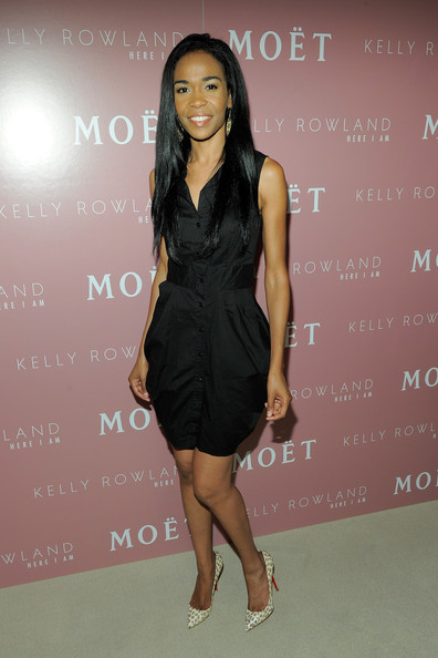 Michelle Williams (singer) Pumps [here i am,kelly rowland celebrate the launch of her new album,photo,album,clothing,dress,cocktail dress,little black dress,shoulder,fashion model,fashion,leg,footwear,joint,moet rose lounge,michelle williams,kelly rowland,top,the standard hotel,launch celebration]